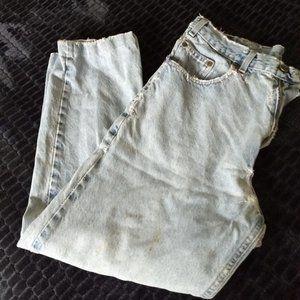 3/$25 vintage distressed  jeans